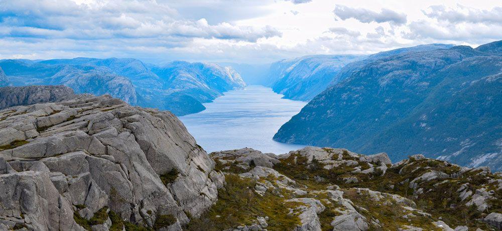 el fiordo lysefjord hasta su final
