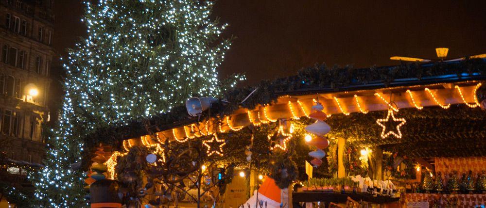 Decoración del mercado de navidad de Belfast