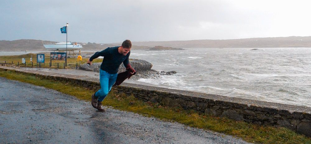 Vicent corriendo a contra viento