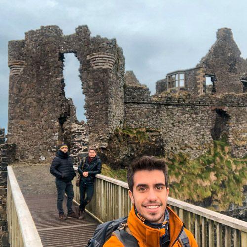 selfie en el puente de dunluce castle