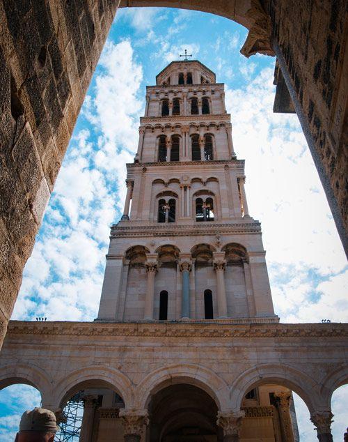 Campanario situado en el Peristilo del Palacio Diocleciano de Split