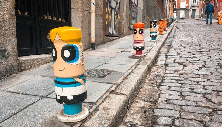 Otro de los consejos para disfrutar de Madrid barato es pasear por Lavapiés