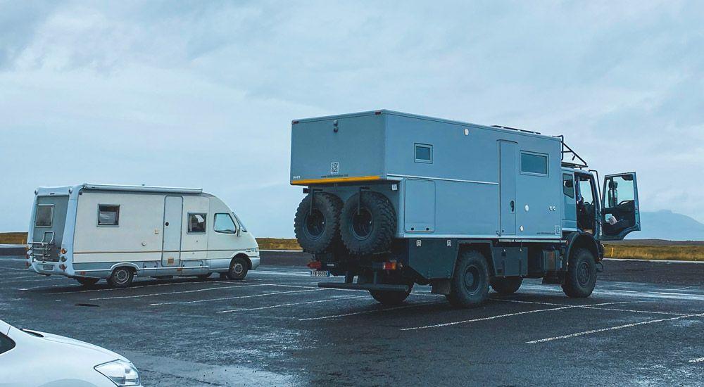 Alquilar una autocaravana en islandia 4x4 para desplazarse en invierno