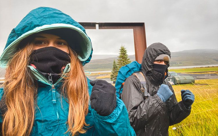combatiendo el clima en islandia