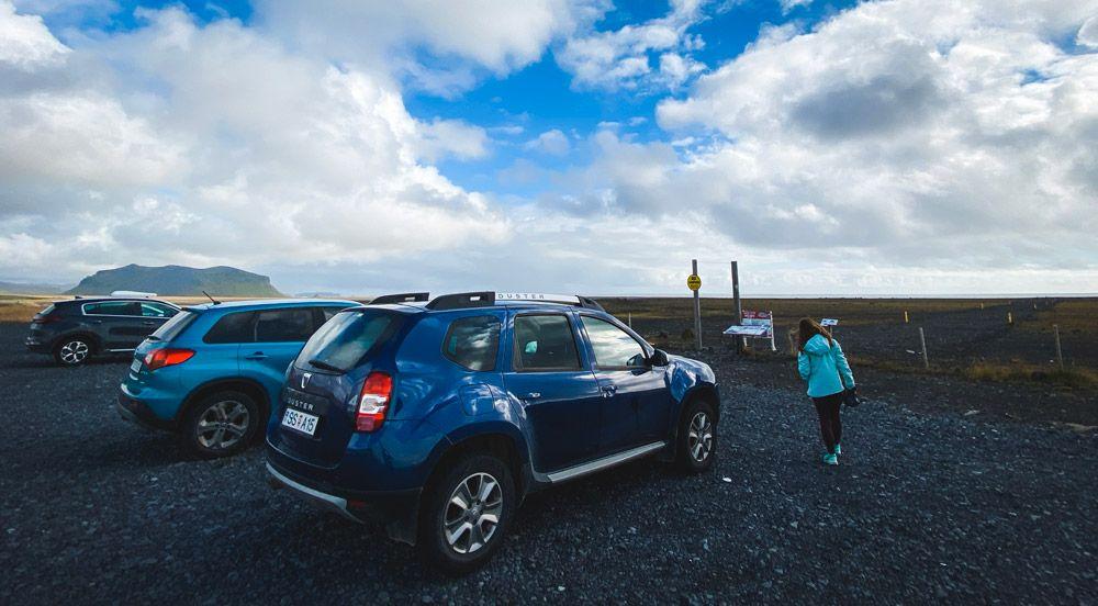 El precio de alquilar un coche es saber más o menos cuánto puede costar viajar a islandia