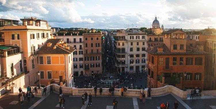 Vistas de Roma desde lo alto de la plaza España